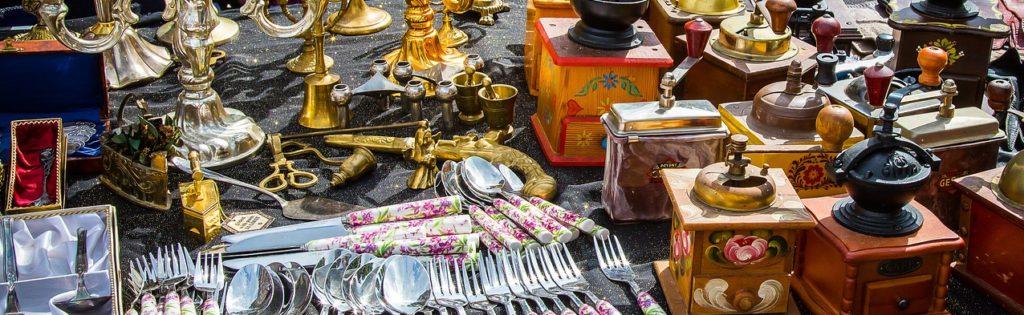 Antiquitäten zum Verkauf